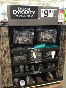 duck-dynasty-walmart-display4